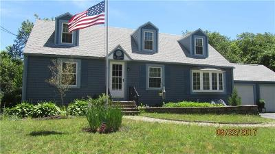 North Kingstown Single Family Home For Sale: 104 School St