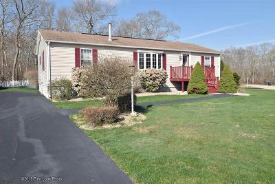 South Kingstown Single Family Home Act Und Contract: 25 Starlight Dr