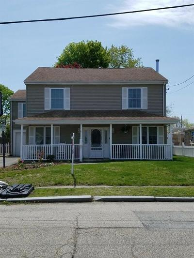 East Providence Single Family Home For Sale: 61 Nimitz Rd