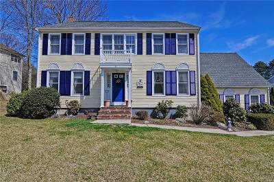 Smithfield RI Single Family Home For Sale: $524,900