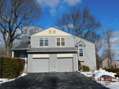 North Providence Condo/Townhouse For Sale: 9 Nipmuc Trl, Unit#a #A