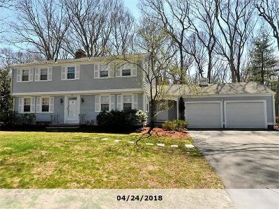 Bristol County Single Family Home Act Und Contract: 9 Oak Manor Dr