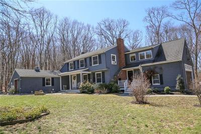 South Kingstown Single Family Home For Sale: 78 Oak Hill Rd