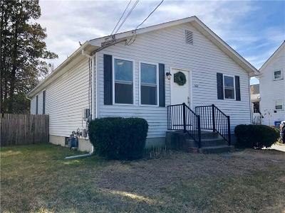 Cranston Single Family Home Act Und Contract: 166 Clarence St