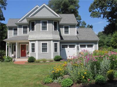 South Kingstown Single Family Home Act Und Contract: 70 Sylvan Wy
