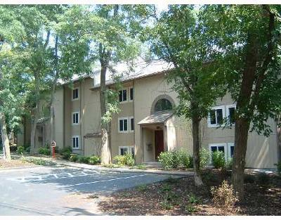 Lincoln Condo/Townhouse For Sale: 400 New River Rd, Unit#305 #305