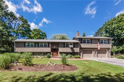 West Greenwich Single Family Home Act Und Contract: 566 Weaver Hill Rd