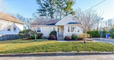 Cranston Single Family Home Act Und Contract: 24 Lowell St