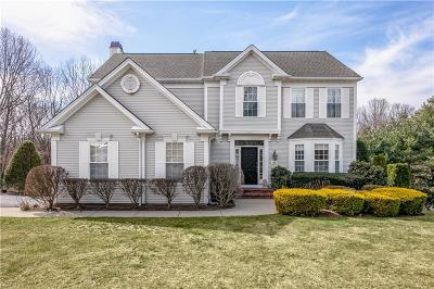 Warwick RI Single Family Home For Sale: $520,000