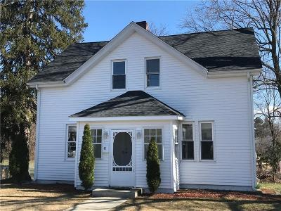 North Providence RI Single Family Home For Sale: $215,000
