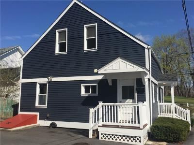 North Kingstown Single Family Home For Sale: 76 Phillips St