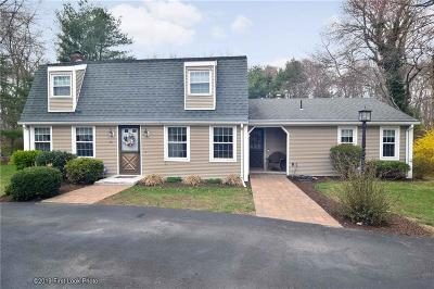 Kent County Single Family Home For Sale: 10 Sweetwater Dr