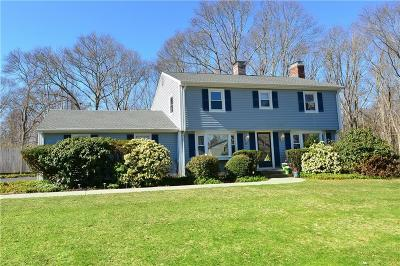North Kingstown Single Family Home For Sale: 97 Dodge St