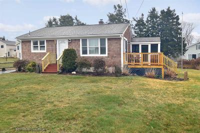 Narragansett Single Family Home For Sale: 85 Conch Rd