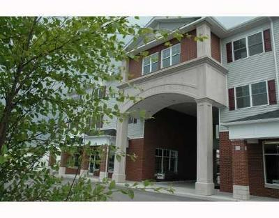 Westerly Condo/Townhouse For Sale: 114 Granite St, Unit#320 #320