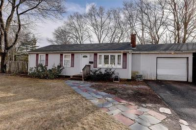 North Kingstown RI Single Family Home For Sale: $225,000