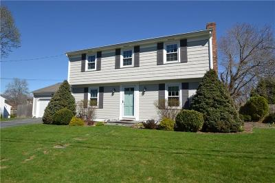 East Providence Single Family Home For Sale: 16 Pickett Rd