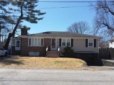 Cranston Single Family Home For Sale: 26 Garland Av