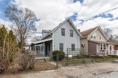 East Providence Single Family Home For Sale: 64 Stowe Av