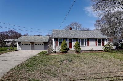 Bristol County Single Family Home For Sale: 340 Sowams Rd