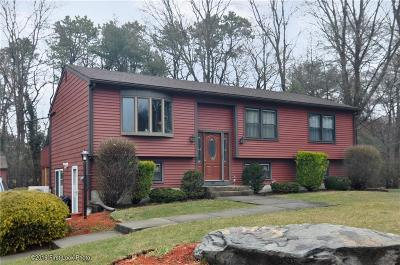 Seekonk Single Family Home For Sale: 146 Cherry Hill