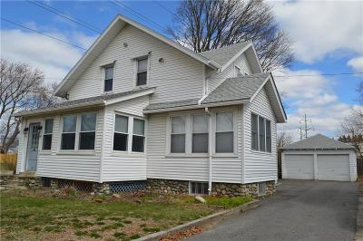 East Providence Single Family Home For Sale: 228 Burgess Av