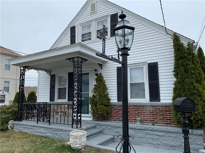 Johnston Single Family Home For Sale: 8 Delmont St