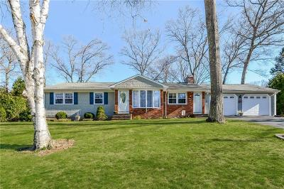 East Greenwich Single Family Home Act Und Contract: 25 Locust Dr