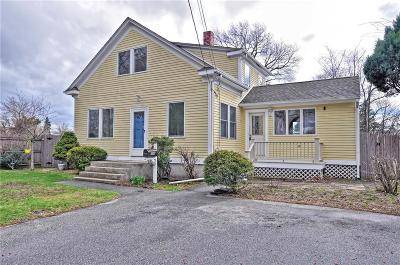 Warwick Single Family Home For Sale: 393 Maple St