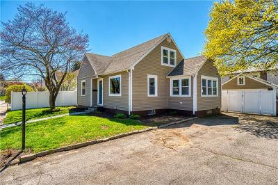 West Warwick Single Family Home Act Und Contract: 6 Fremont St