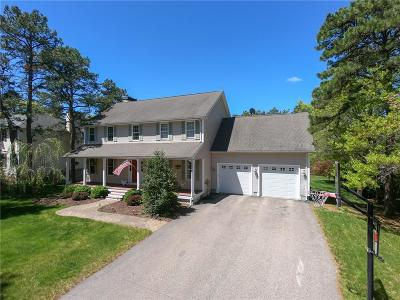 South Kingstown Single Family Home For Sale: 40 Whispering Pine Trl