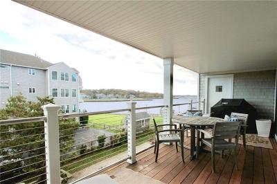 Newport Condo/Townhouse Act Und Contract: 31 Coddington Wharf Wharf, Unit#22 #22