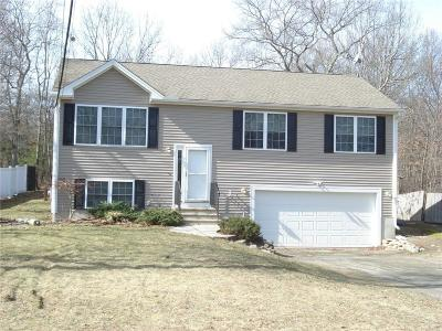 Burrillville Single Family Home Act Und Contract: 91 Staghead Dr