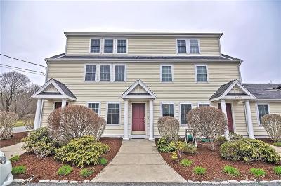 Newport County Condo/Townhouse For Sale: 1070 Crandall Rd, Unit#2 #2