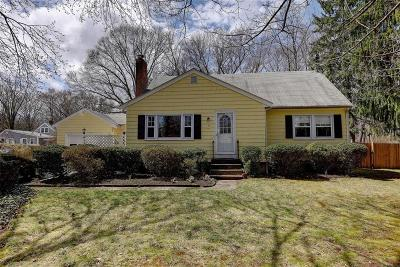 Barrington Single Family Home Act Und Contract: 4 Greenville Dr