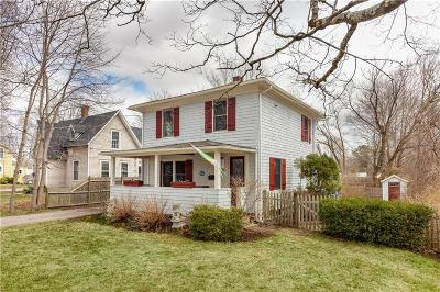 South Kingstown Single Family Home Act Und Contract: 105 Columbia St