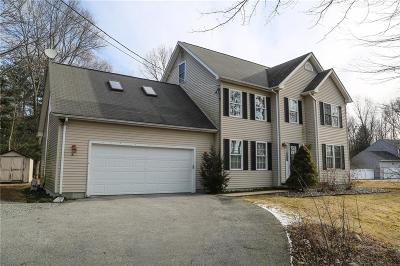 Cranston Single Family Home For Sale: 95 Chicory Lane