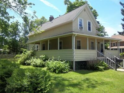Warwick Single Family Home For Sale: 106 Mill Cove Rd