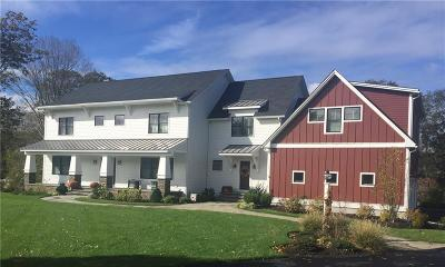 North Kingstown Single Family Home For Sale: 134 Mountain Laurel Wy