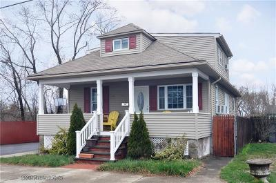 East Providence Single Family Home For Sale: 40 What Cheer Av