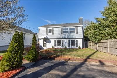 Warwick Single Family Home For Sale: 1026 West Shore Rd