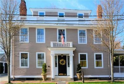 North Kingstown Single Family Home For Sale: 56 Main St