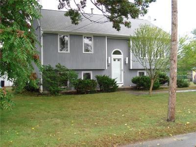 North Providence Single Family Home For Sale: 57 Villa Av