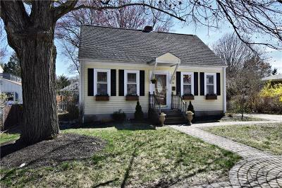 East Providence Single Family Home For Sale: 10 Winthrop St