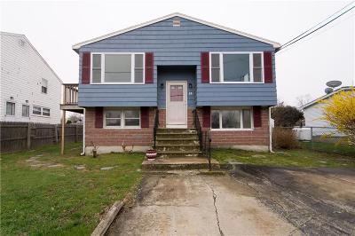 Newport County Single Family Home For Sale: 14 Massachusetts Av