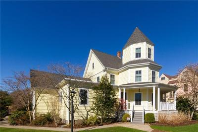 North Kingstown Single Family Home For Sale: 65 Boston Neck Rd