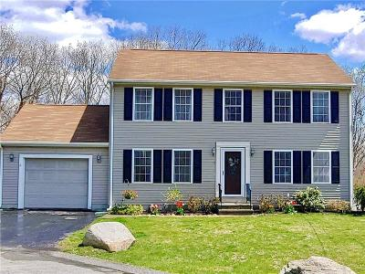 Providence County Single Family Home For Sale: 17 Sharon Dr