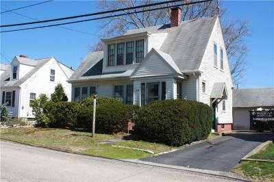 Cranston Single Family Home For Sale: 268 Knollwood Av
