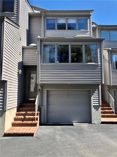 Kent County Condo/Townhouse For Sale: 4480 Post Rd, Unit#4 #4
