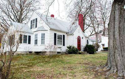 North Providence Single Family Home For Sale: 21 Highland Av